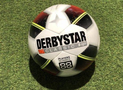 Derbystar S-licht voetbal